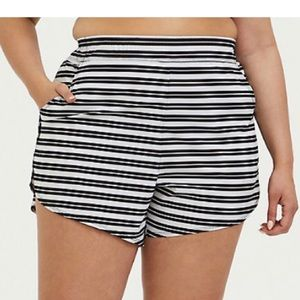 Torrid black and white striped board shorts